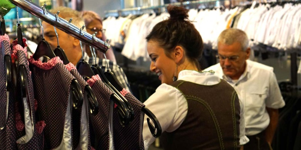 Surviving Europe: How to Buy a Outfit for Oktoberfest - 10