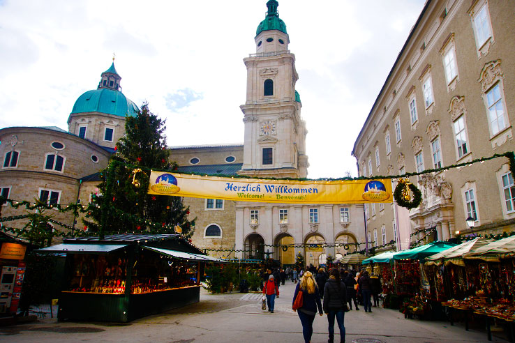 Surviving Europe: Your English Guide to the 2015 Salzburg Christkindlmarkt - 1