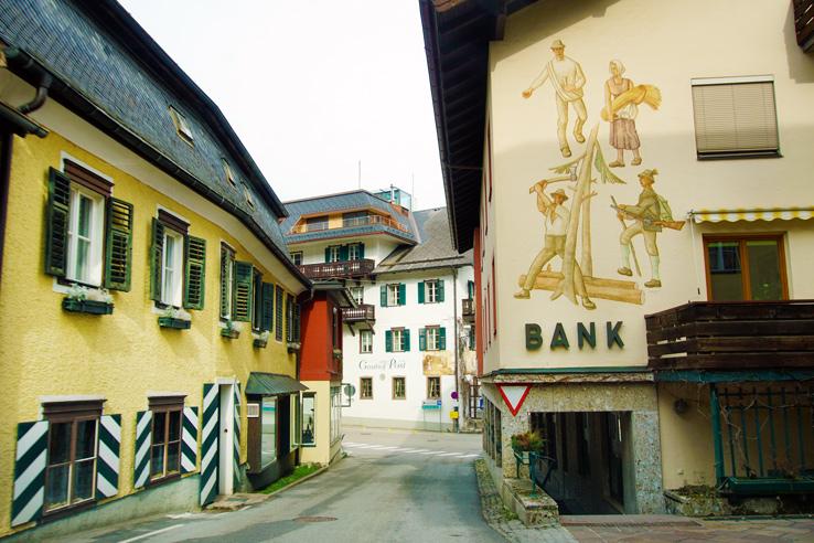 Surviving Europe: Salzburg Day Trips 10 Austrian Lakes Worth a Visit - Saint Gilgen Town