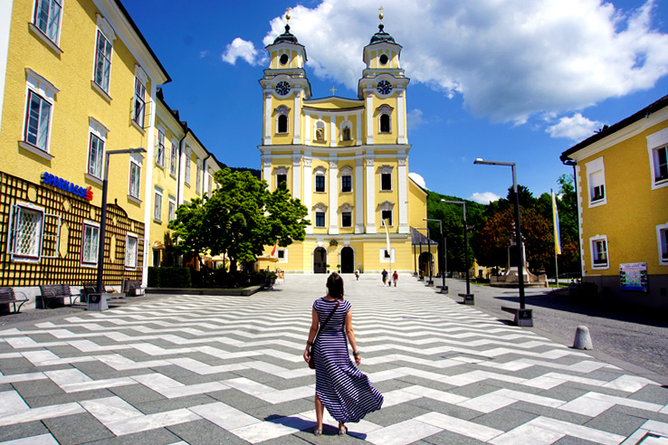 Surviving Europe: Salzburg Day Trips 10 Austrian Lakes Worth a Visit - Mondsee Church