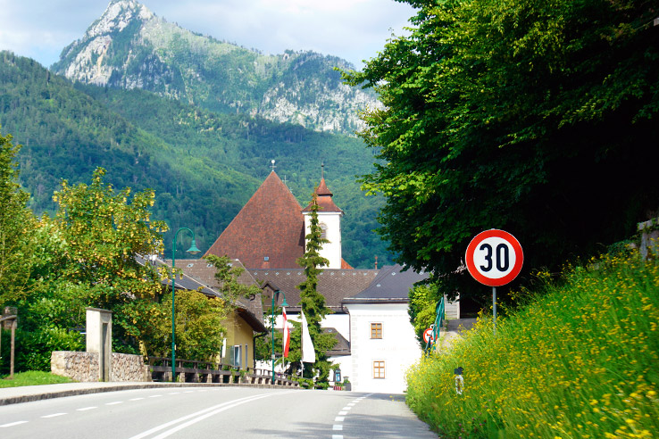 Surviving Europe: Salzburg Day Trips 10 Austrian Lakes Worth a Visit - Salzkammergut