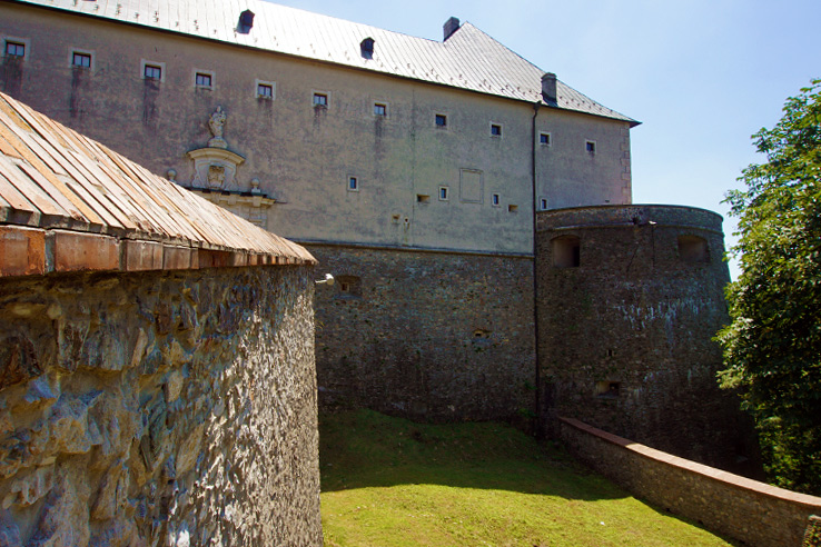 Surviving Europe: 5 Days in Bratislava Our Guide to the Capital of Slovakia - Red Stone Castle