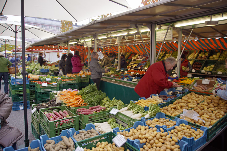 Surviving Europe: Best of Salzburg from a Local's Perspective - Market at Mirabellplatz