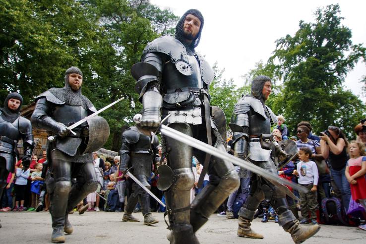 Surviving Europe: Kaltenberger Ritterturnier: Largest Jousting Tournament in the World - Knights Parade