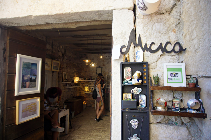 Surviving Europe: What to Buy in Rovinj Crafts and Souvenirs from Croatia - Sardine Gallery