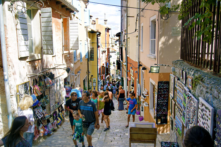 Surviving Europe: What to Buy in Rovinj Crafts and Souvenirs from Croatia - Grisia
