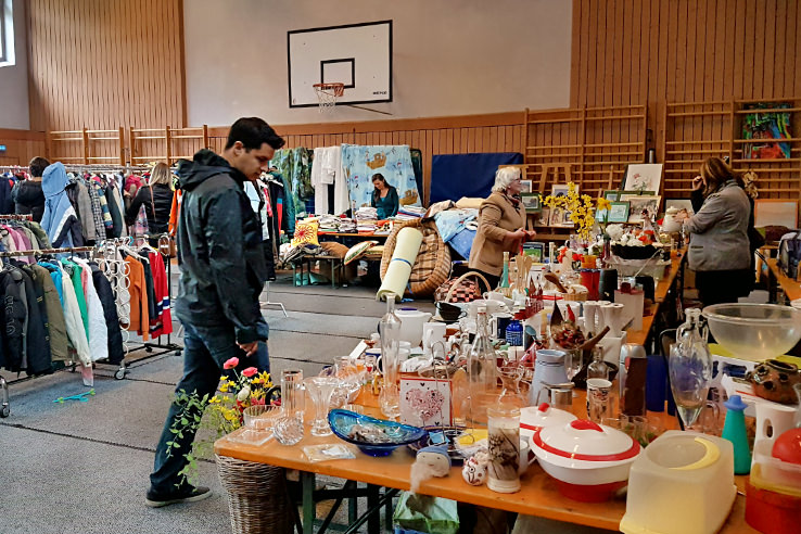 Surviving Europe: Flohmarkt Treasures Finding Flea Markets in Austria - Erin at Gym Flomarkt